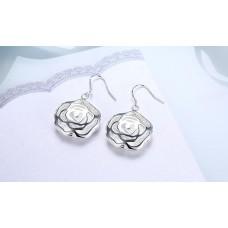 Rose-Shaped Pattern Fashion Earrings
