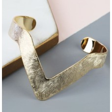 Lisa Angel Brushed Chevron Gold Bangle